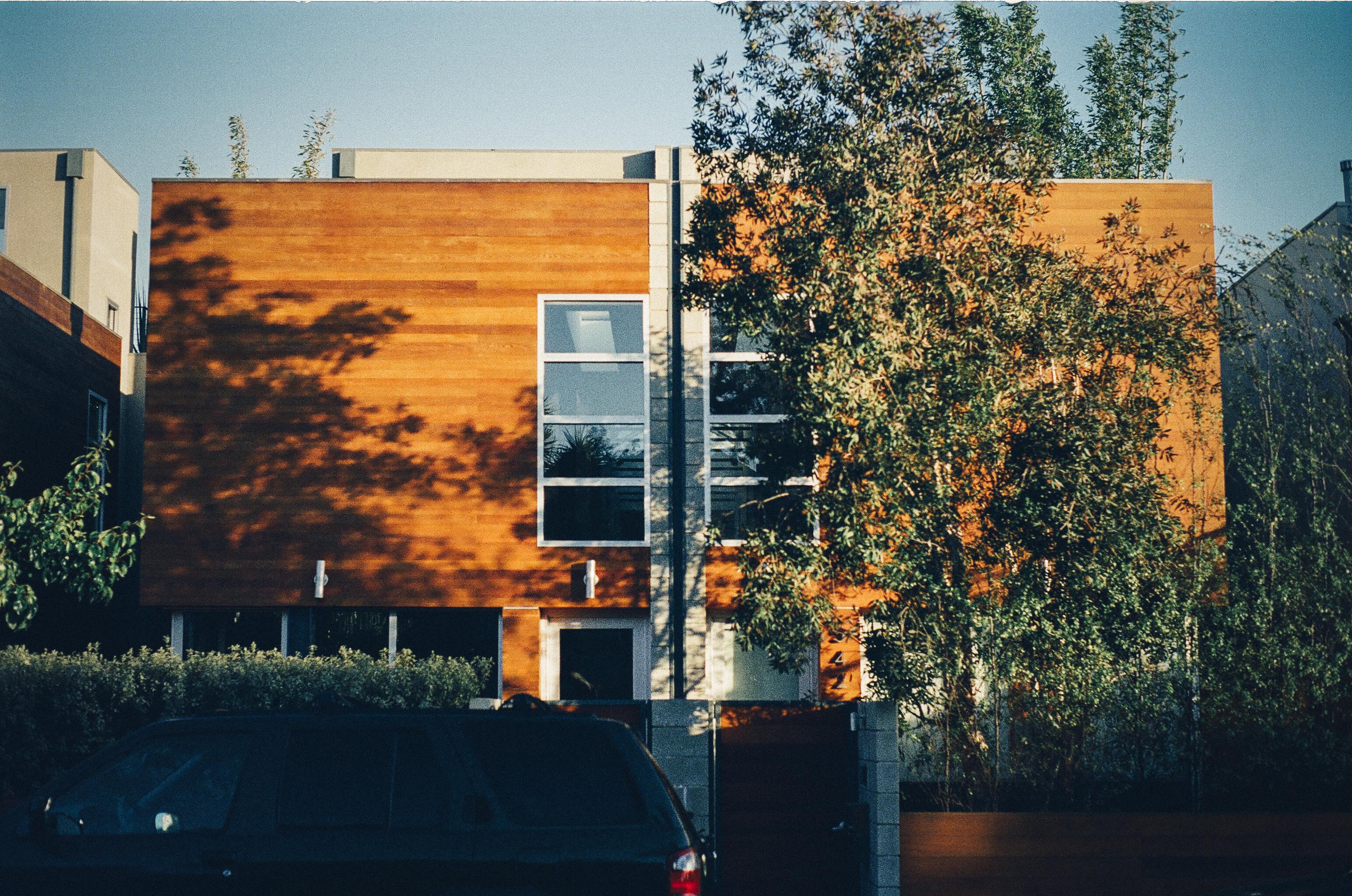 wood-house-modern